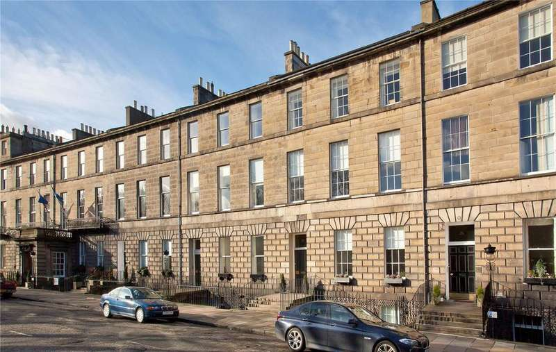2 Bedrooms Apartment Flat for sale in Abercromby Place, Edinburgh