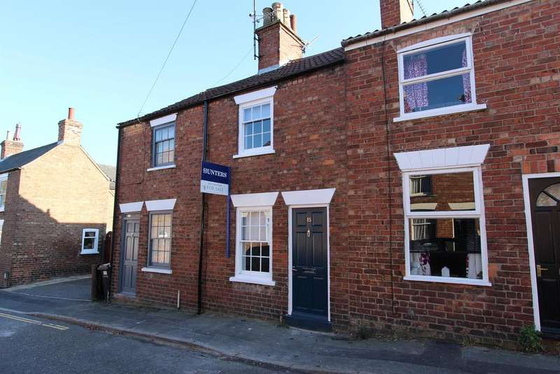 2 Bedrooms Terraced House for sale in St. Michaels Road, Louth, LN11 9DA