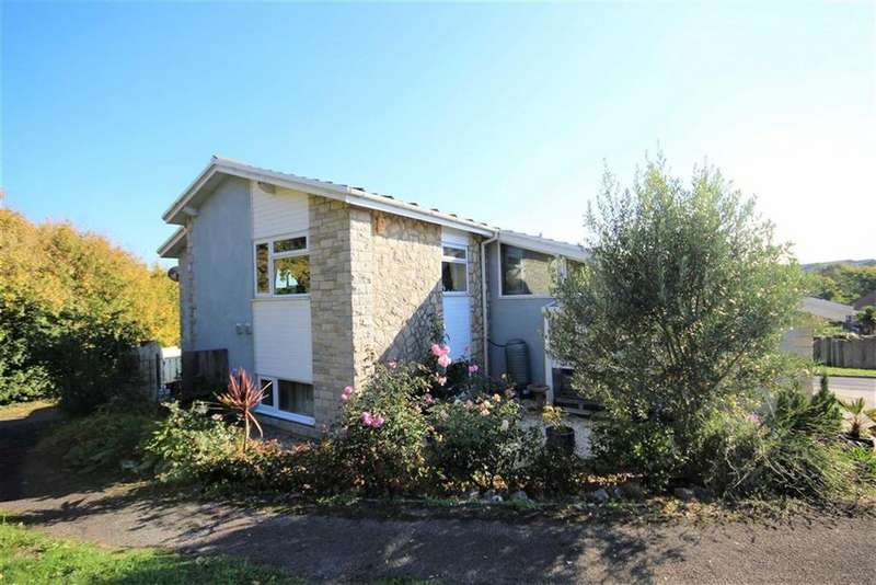 4 Bedrooms Detached House for sale in Hornbeam Close, Weymouth, Dorset