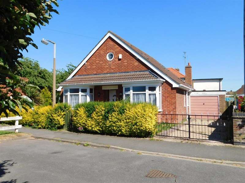 4 Bedrooms Detached House for sale in Philip Grove, Skegness, Lincs, PE25 2JH