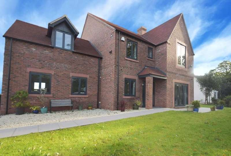 4 Bedrooms Detached House for sale in Whitchurch, Shropshire