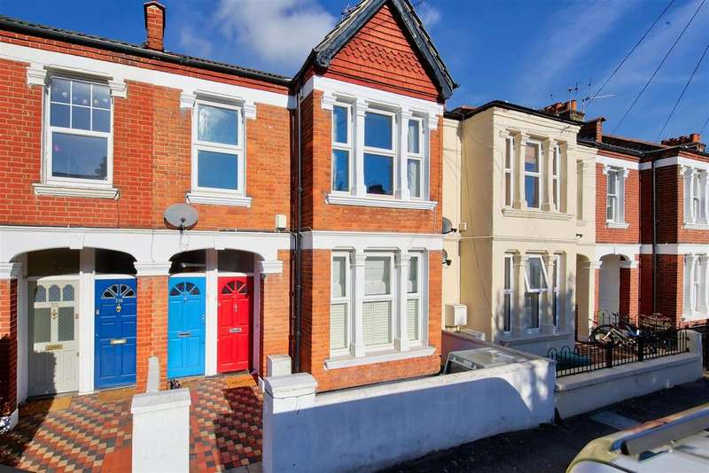 2 Bedrooms Maisonette Flat for sale in Quinton Street