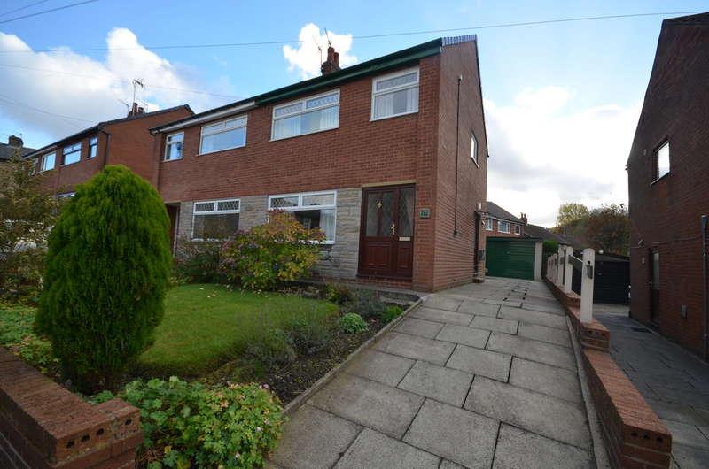 3 Bedrooms Semi Detached House for sale in Waterfield Avenue, Darwen