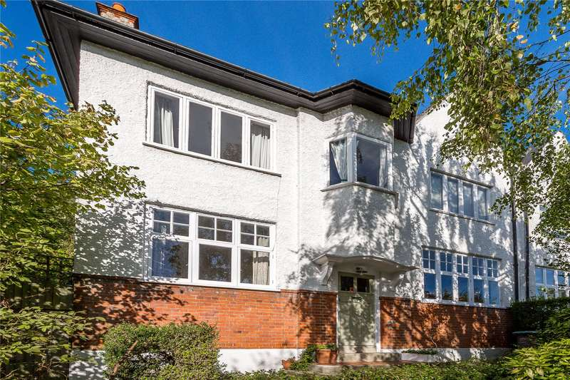 3 Bedrooms Semi Detached House for sale in Stanhope Gardens, London, N6