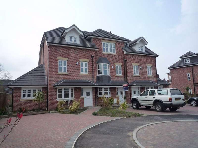 4 Bedrooms Town House for sale in Millers Row, Heaton Norris, Stockport, Cheshire