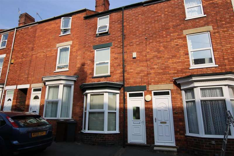 3 Bedrooms Terraced House for sale in Cromwell Street, Lincoln LN2