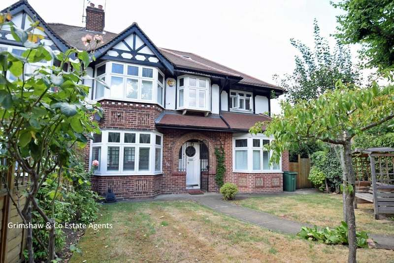 6 Bedrooms House for sale in Brunswick Road, Greystoke Park Estate, Ealing, London