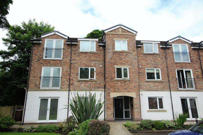 2 Bedrooms Apartment Flat for sale in DELLAR FOLD, Meanwood, Rochdale OL12 7AN