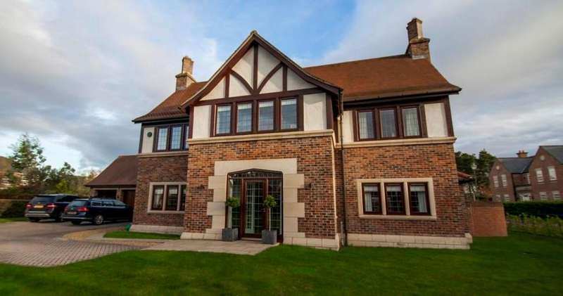 4 Bedrooms Detached House for sale in The Plantations, Wynyard, Billingham