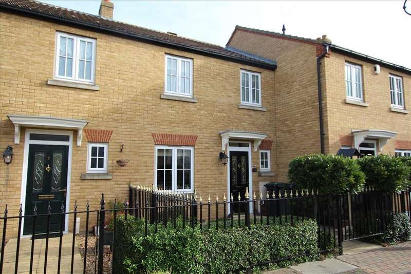 3 Bedrooms Terraced House for sale in Greens Close, Sandy, SG19