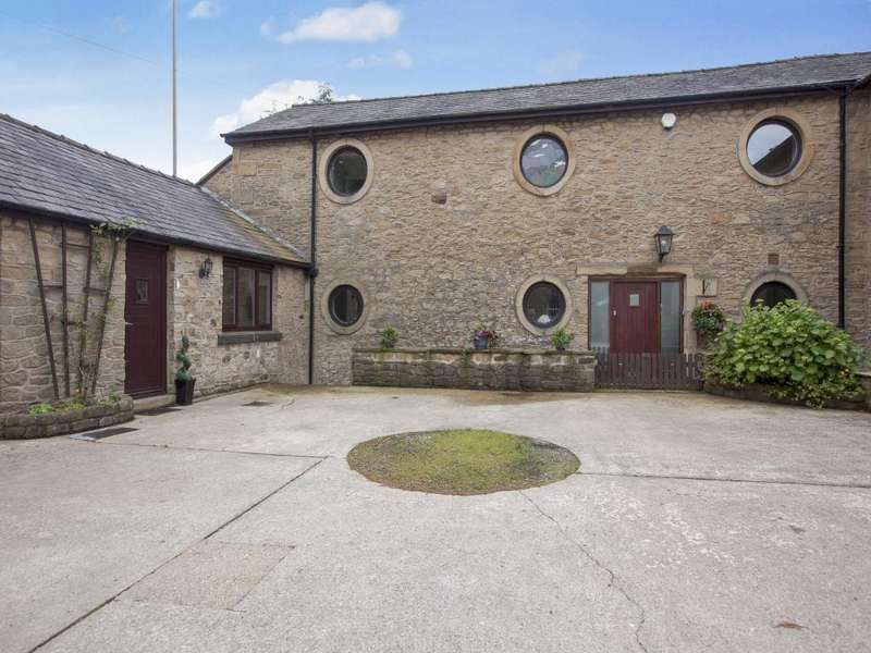 3 Bedrooms Barn Conversion Character Property for sale in Charnley Cottage, Preston Road, Alston, Longridge PR3 3BD