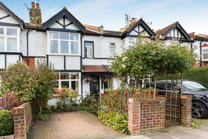 4 Bedrooms Terraced House for sale in Loveday Road, Ealing