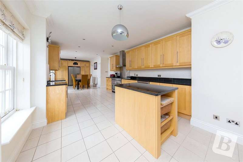 6 Bedrooms Detached House for sale in Winckford Close, Little Waltham, CHELMSFORD, Essex, CM3
