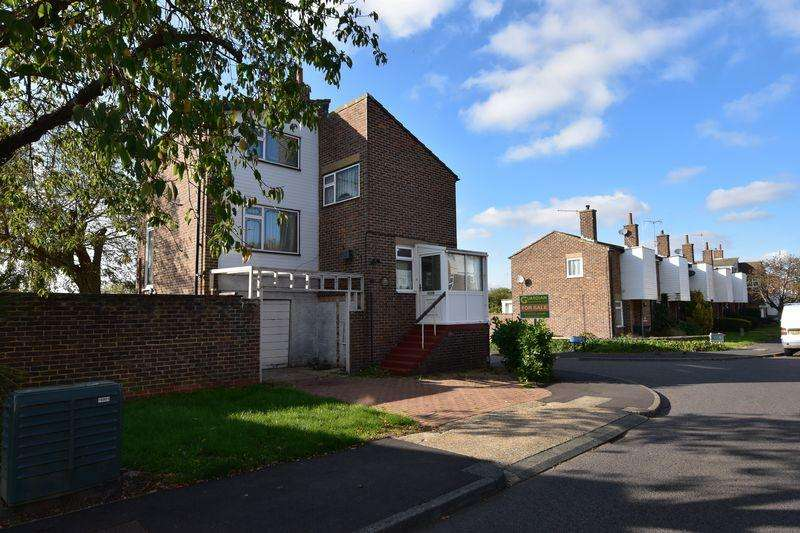 3 Bedrooms Detached House for sale in Willowfield, Harlow