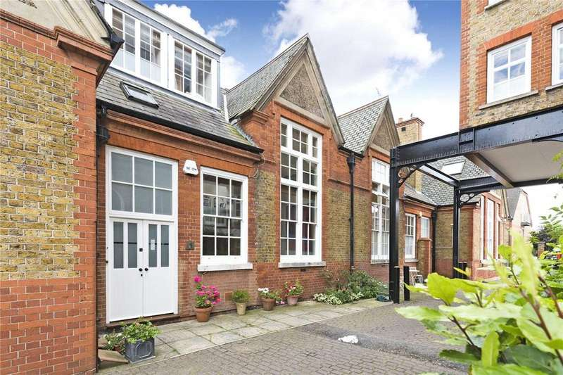 3 Bedrooms Terraced House for sale in Southside Quarter, 38 Burns Road, Battersea, London, SW11