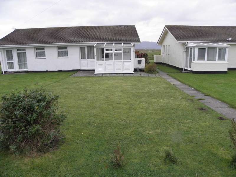 3 Bedrooms Bungalow for sale in 50 Glan y Mor, Fairbourne LL38 2BX