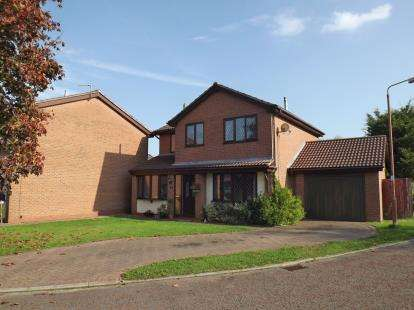 3 Bedrooms Detached House for sale in Waterside View, Rudheath, Northwich, Cheshire