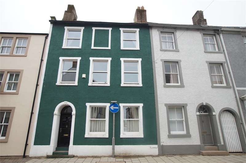 4 Bedrooms Town House for sale in CA28 7BY Irish Street, Whitehaven, Cumbria
