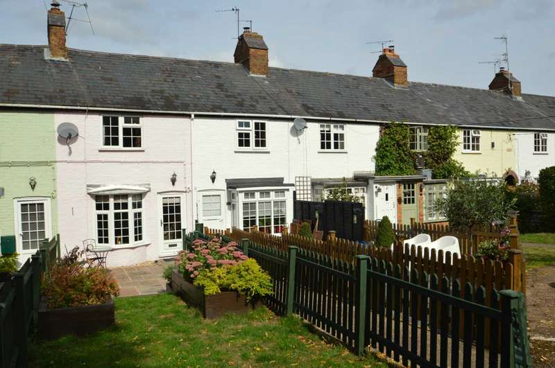 2 Bedrooms Terraced House for sale in Wharf Row, Buckland