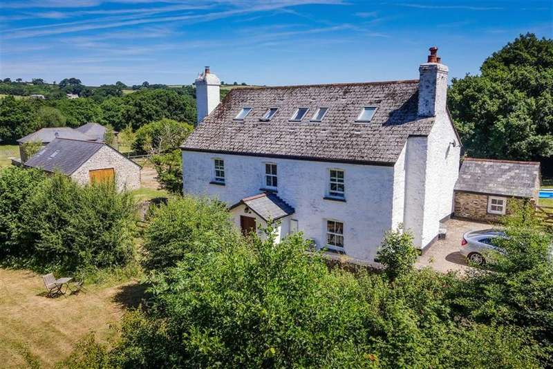 6 Bedrooms Detached House for sale in Underwood, St Stephens, Launceston, Cornwall, PL15