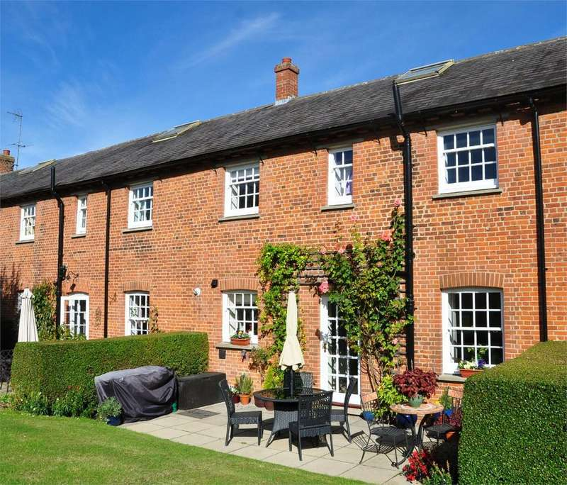 3 Bedrooms Terraced House for sale in The Stables, Great Hyde Hall, Sawbridgeworth, Hertfordshire, CM21