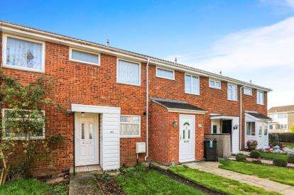 2 Bedrooms Terraced House for sale in Telscombe Way, Luton, Bedfordshire, England