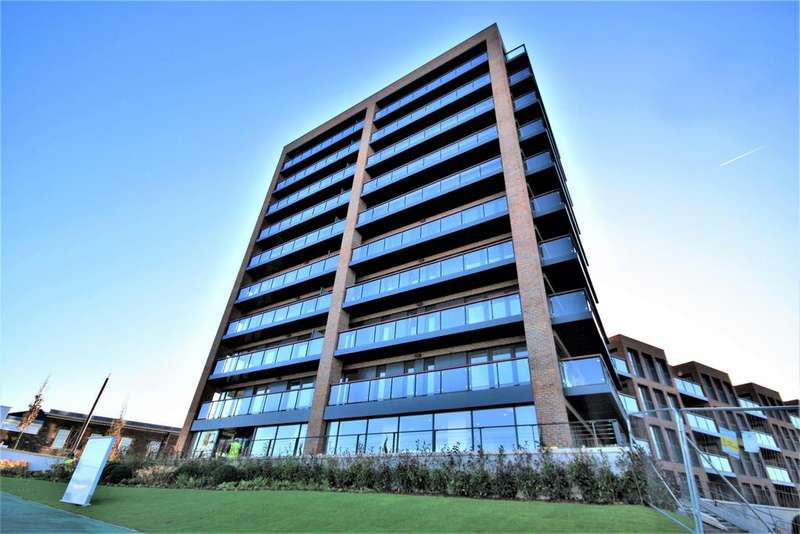 2 Bedrooms Apartment Flat for sale in Duke of Wellington Avenue, Woolwich, London