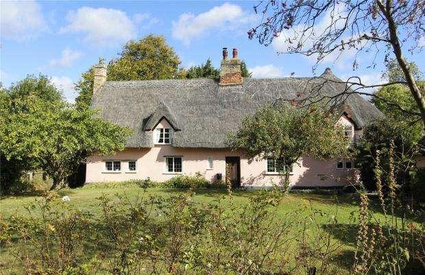 5 Bedrooms Detached House for sale in High Street, Great Eversden, Cambridgeshire