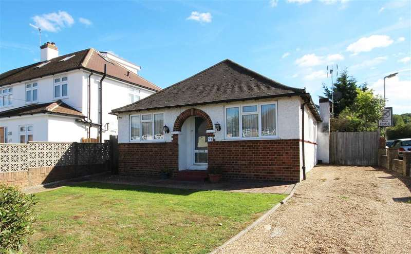 3 Bedrooms Detached Bungalow for sale in Melrose Avenue, Borehamwood, WD6.