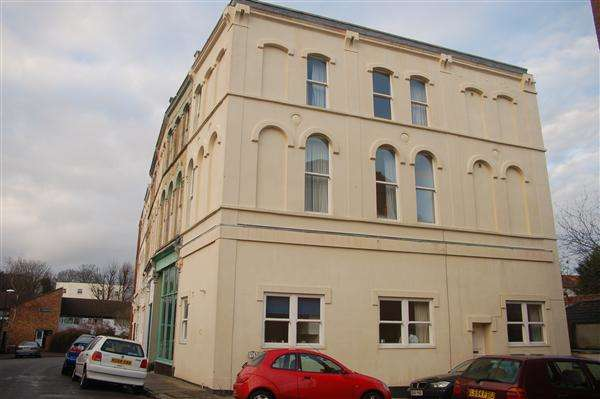 9 Bedrooms Terraced House for rent in Alfred Place