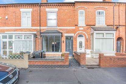 4 Bedrooms Terraced House for sale in Addison Rd, Kings Heath, Birmingham, West Midlands