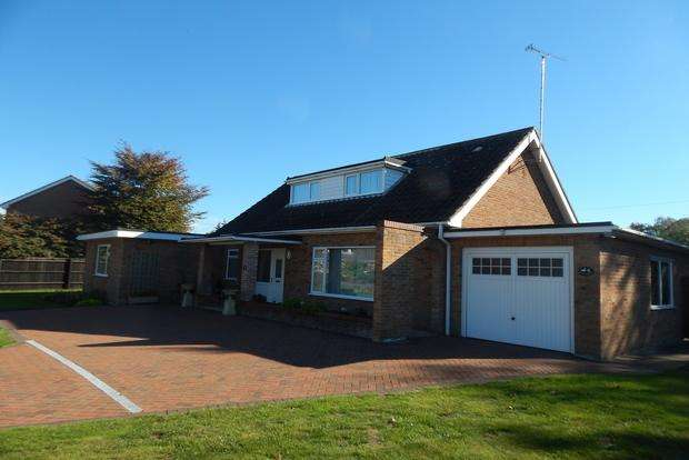 4 Bedrooms Detached House for sale in The Water Gardens, Wisbech, PE13
