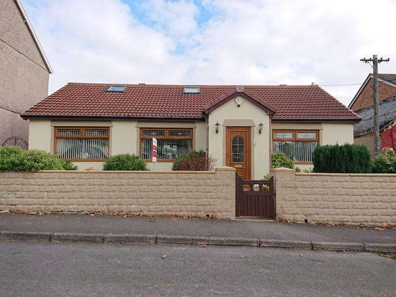 2 Bedrooms Detached Bungalow for sale in Colenso Terrace, Rhymney, Tredegar