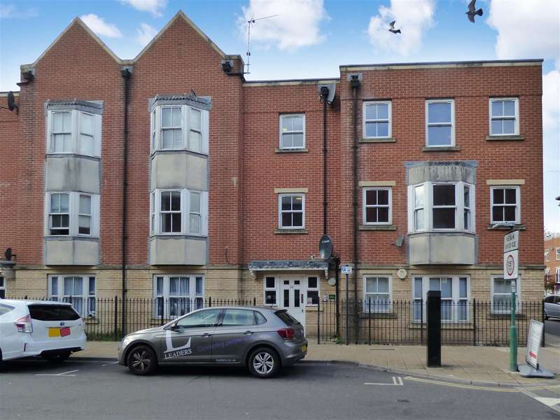 2 Bedrooms Flat for sale in St. Mary Street, Southampton