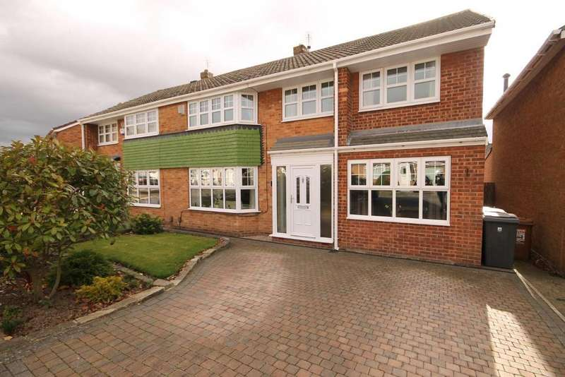 4 Bedrooms Semi Detached House for sale in Lincoln Road, Fens, Hartlepool
