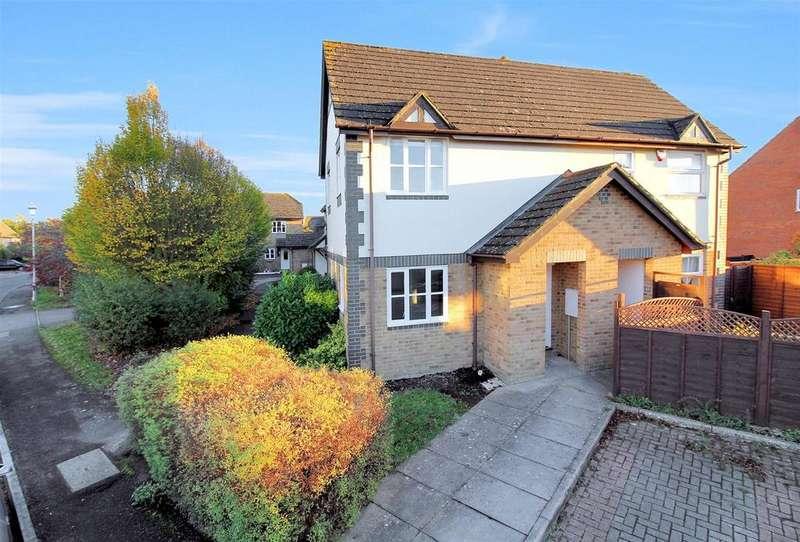 1 Bedroom House for sale in Lark Vale, Aylesbury