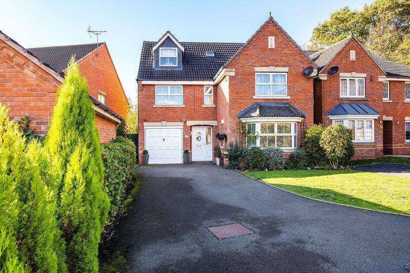 5 Bedrooms House for sale in Warren House Walk, Sutton Coldfield