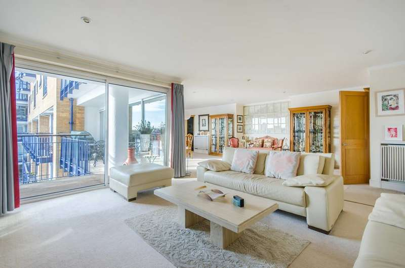 3 Bedrooms Flat for sale in Wapping High Street, Wapping, E1W