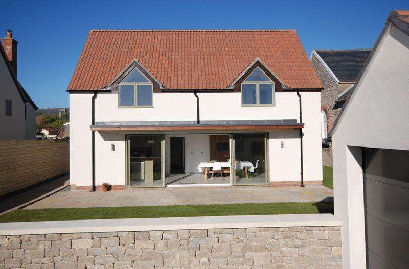 4 Bedrooms Detached House for sale in Cheddar, (Private road)