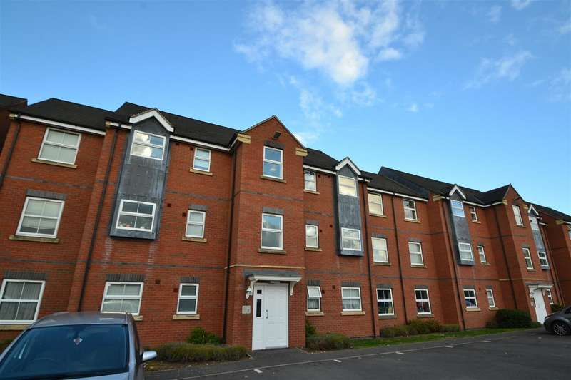 2 Bedrooms Apartment Flat for sale in Lime Tree Grove, Loughborough, Leicestershire