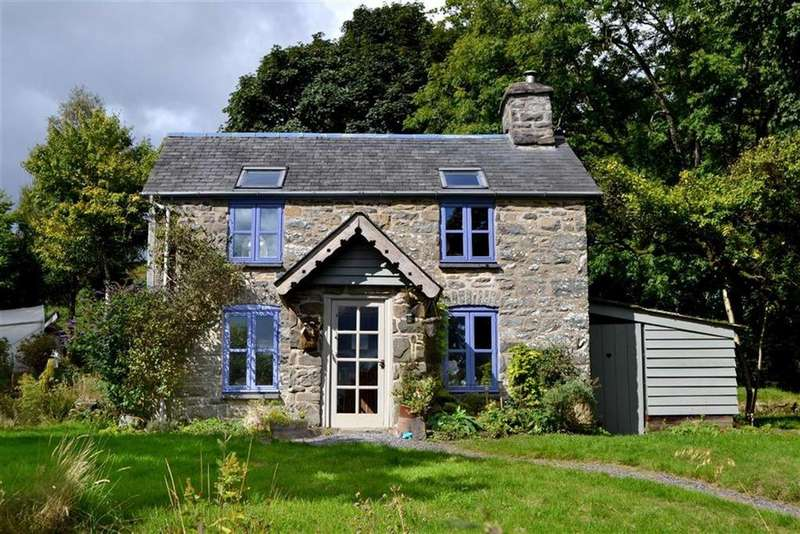 3 Bedrooms Cottage House for sale in Ffrwd Wen, Carno, Caersws, Powys, SY17