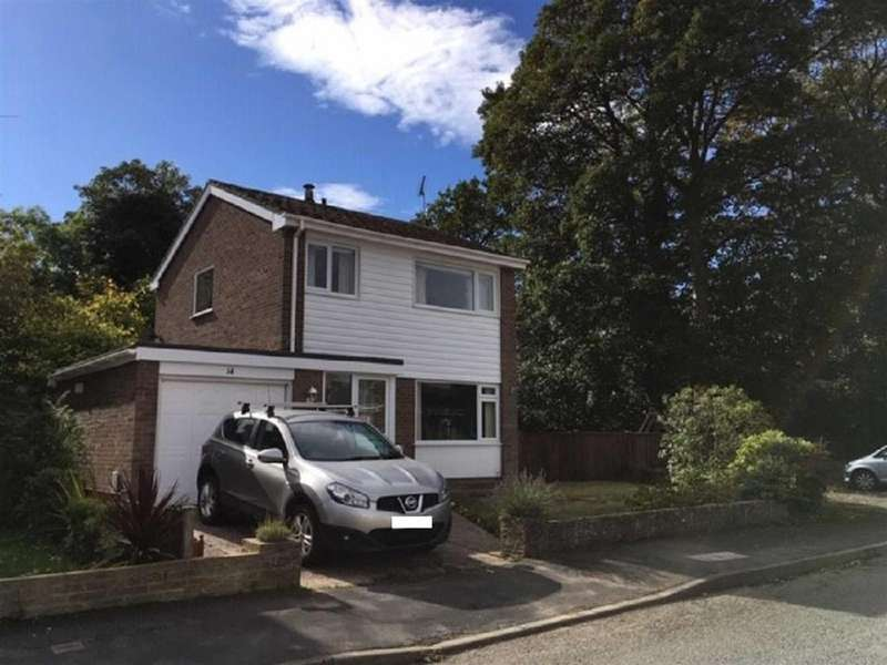 3 Bedrooms Detached House for sale in Willow Drive, Llay