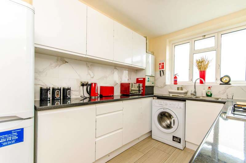 2 Bedrooms House for sale in Cornwall Street, Shadwell, E1