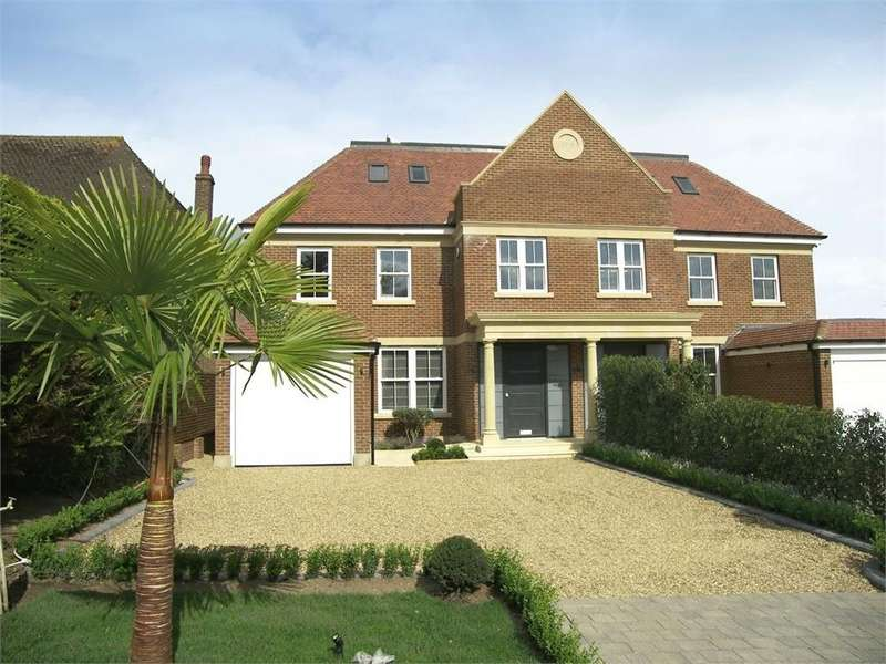 5 Bedrooms Semi Detached House for sale in MYMMS DRIVE, BROOKMANS PARK