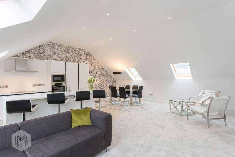 3 Bedrooms Semi Detached House for sale in The Edge, Edgworth, Bolton, BL7