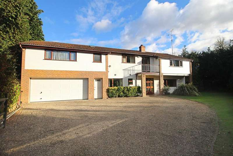 6 Bedrooms Detached House for sale in High Meadow, Caversham, Reading
