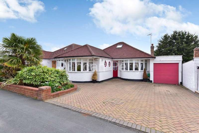 4 Bedrooms Detached Bungalow for sale in Sunnybank Road, Potters Bar