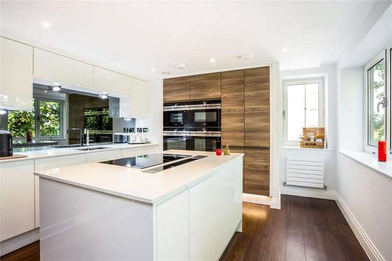 2 Bedrooms Flat for sale in Two Thames Avenue, Windsor, Berkshire, SL4