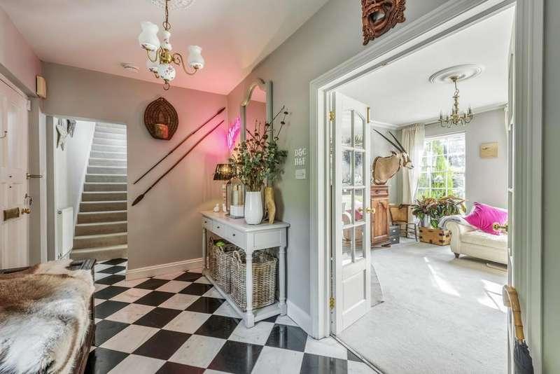 4 Bedrooms Link Detached House for sale in Sandhill Lane
