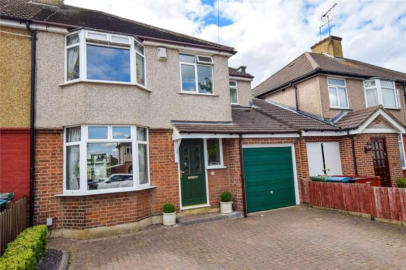 4 Bedrooms Semi Detached House for sale in Knutsford Avenue, Watford, Hertfordshire, WD24